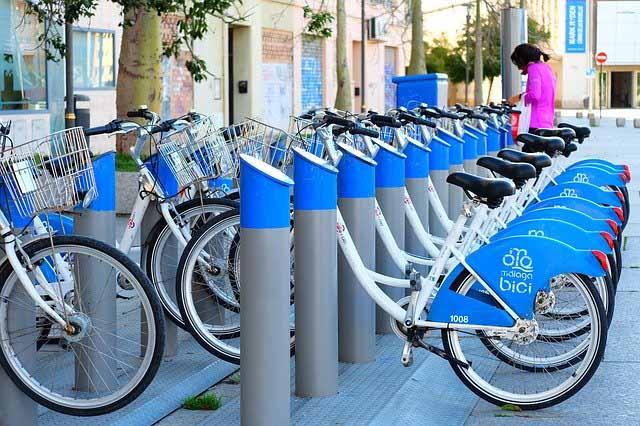 aparcamiento-malaga-bici-Baños-del-Carmen