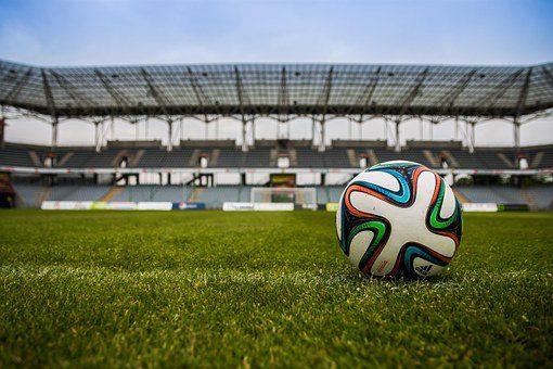 campo-futbol-palo